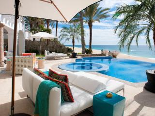 4 bedroom Villa with Internet Access in Puerto Arista - Puerto Arista vacation rentals