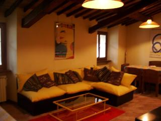 apt for 2/4 pax la rocca Spoleto - Spoleto vacation rentals