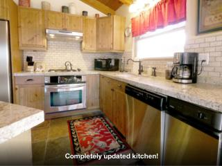 Upgraded Peaceful Pines Lodge w Hot Tub, Steam Shower - Big Bear Area vacation rentals