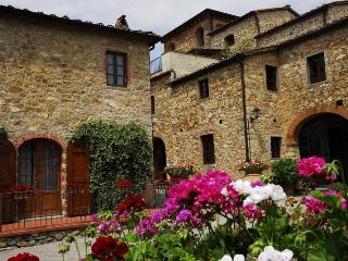 luxury cottage tuscany countryside - Bucine vacation rentals