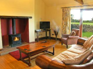 ELLABERRY, all ground floor, en-suite wet room, woodburner, pet-friendly, near Staindrop, Ref 30558 - Headlam vacation rentals