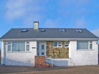 TREM YNYS, welcoming house, distant sea views, great for walking and - Llanbedrog vacation rentals