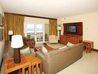 Beautiful 3 Bedroom Ocean view Condo - Philipsburg vacation rentals