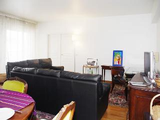 Amazing 4 Bedroom Apartment in Opera - Paris vacation rentals