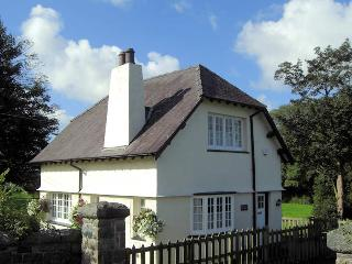 The Gatekeepers Lodge at Plas Dinas - Caernarfon vacation rentals