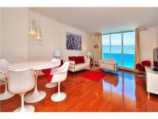 STUNNING DIRECT OCEAN CORNER CONDO ON SOUTH BEACH - Miami Beach vacation rentals