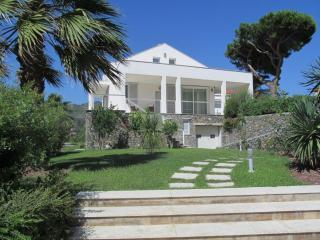 NEW Fantastic apt in Villa 2 Bedrooms  with POOL - Spotorno vacation rentals