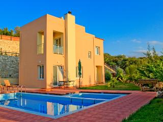 Chania Villa to Rent, Private Pool, View, Beach - Chania vacation rentals