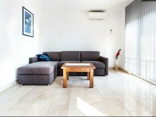 Onebedroom apartment with seaview - Zadar vacation rentals