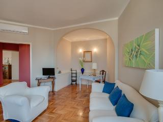 Bright Condo with Internet Access and Dishwasher - Donnini vacation rentals