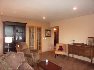 SUNSET BAY VIEW LUXURY SUITE - Bellingham vacation rentals