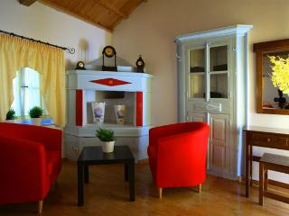 Beautiful 2 bedroom Cottage in Skala Oropou - Skala Oropou vacation rentals
