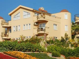 Perfect 2 bedroom Vacation Rental in Kargicak - Kargicak vacation rentals