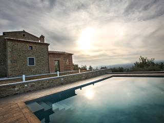 Wonderful Villa,private pool,spa corners,Cortona - Cortona vacation rentals