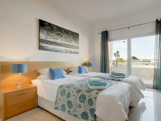 Nice Condo with Internet Access and A/C - Albufeira vacation rentals