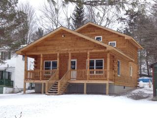 New Log Cabin on Duck Harbor waterfront - Thompson vacation rentals