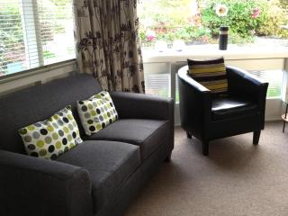 Lovely Condo with Garden and Short Breaks Allowed - Nelson vacation rentals