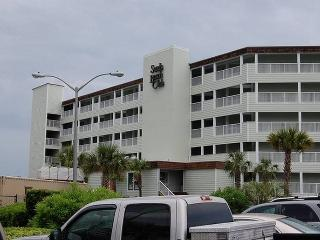 Charming 2 Bedroom Rental at the Sands Beach Club Resort in Myrtle Beach - Myrtle Beach vacation rentals