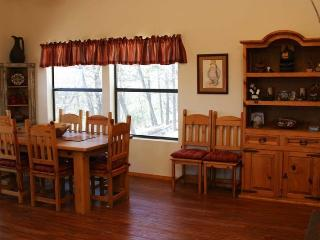Beautiful 4 bedroom House in Ruidoso with Fireplace - Ruidoso vacation rentals