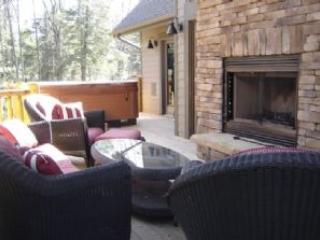Beautiful 5 bedroom House in Oakland with Deck - Oakland vacation rentals