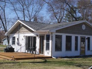 Cozy Cove - Northeast Michigan vacation rentals