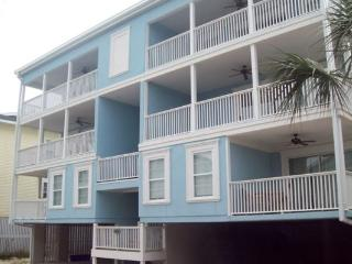 Tybee Retreat - Bright, Modern, and just a Short Walk to the Beach - FREE Wi-Fi - Southern Georgia vacation rentals
