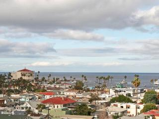 Catalina Island View Condo in Avalon - Catalina Island vacation rentals