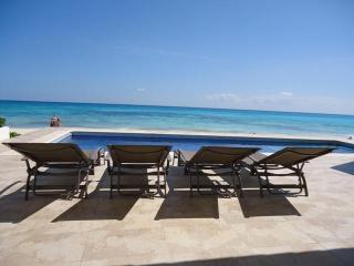 Casa Joya del Mar- Ocean front villa - Playa del Carmen vacation rentals