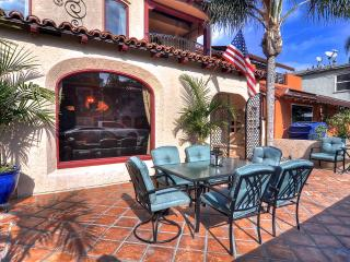 Luxury home, 1 house to the beach, near 2nd Street Shopping! - Long Beach vacation rentals