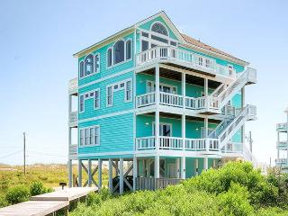 6 bedroom House with Internet Access in Hatteras - Hatteras vacation rentals