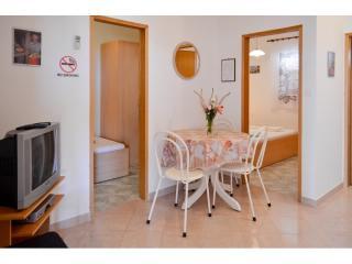 Apartments Zvonko - 43321-A4 - Vis vacation rentals