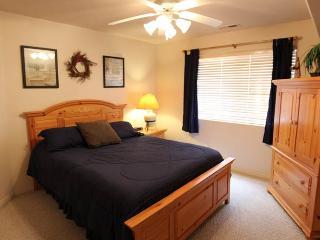 Cozy 2 bedroom Apartment in Saint George - Saint George vacation rentals
