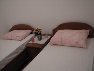 Apartments Nedjeljko - 53611-A1 - Dubrovnik-Neretva County vacation rentals