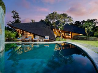 2 bedroom Villa with Internet Access in Buduk - Buduk vacation rentals