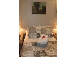 Quiet and Elegant Vacation Rental in the Heart of Bastille, Paris - Paris vacation rentals