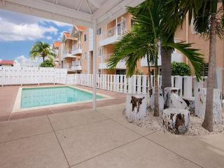 Beautiful Apartment steps from everything in Kgn - Ocho Rios vacation rentals