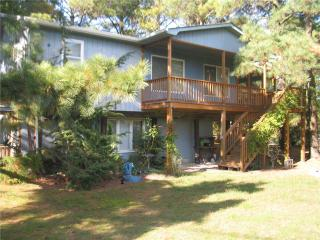 DeColores In The Pines - Chincoteague Island vacation rentals