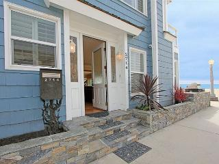 Paradise Found on the Beach in Newport! Monthly stays for maximum enjoyment! - Newport Beach vacation rentals