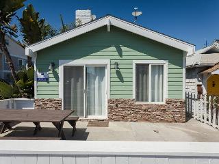Cool as a Cucumber at the Beach! (68370) - Orange County vacation rentals