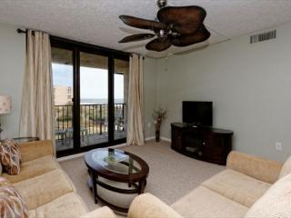 Island Club 4402, 2 Bedrooms, Ocean View, Large Pool, Sleeps 8 - Hilton Head vacation rentals