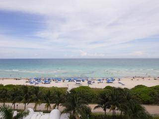 Upscale 2BR / 2Bath in Luxury Bldg - Miami Beach vacation rentals