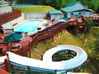 CLOUD 9 - heated pool, water slide, private estate - Gerton vacation rentals