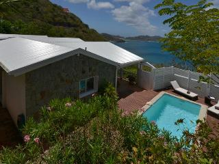 Romantic Villa, Ideal for Honeymooners, Private Pool & Beautiful Ocean Views - Pointe Milou vacation rentals