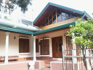Holiday Bungalow in Nuwara Eliya - Nuwara Eliya vacation rentals