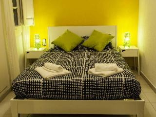 BT APARTMENTS SANTS STATION - Barcelona vacation rentals