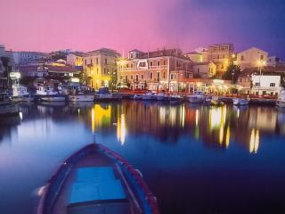 Elegant on the sea in la Maddalena center. - La Maddalena vacation rentals
