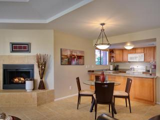Private Catalina Foothills Condo By Sabino Canyon (MINIMUM 30 DAY STAY) - Tucson vacation rentals