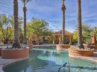 Fabulous 3BD/2BA Furnished Ground Floor Condo! - Tucson vacation rentals