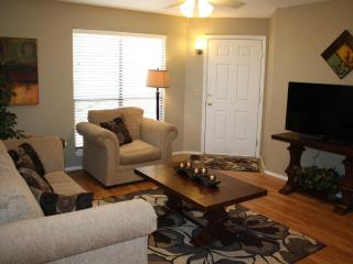Do you like city views? Check Out This Place! (MINIMUM 30 DAY STAY) - Tucson vacation rentals