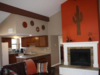 Rent This 2BR/2BA Catalina Foothills Condo! (MINIMUM 30 DAY STAY) - Tucson vacation rentals